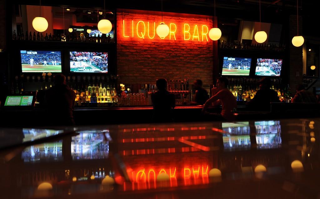 The 10 Best Bars In Kansas City, USA