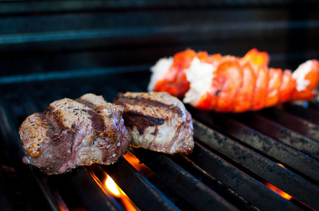 Grilled lobster and meat I © Melanie Holtsman/Flickr