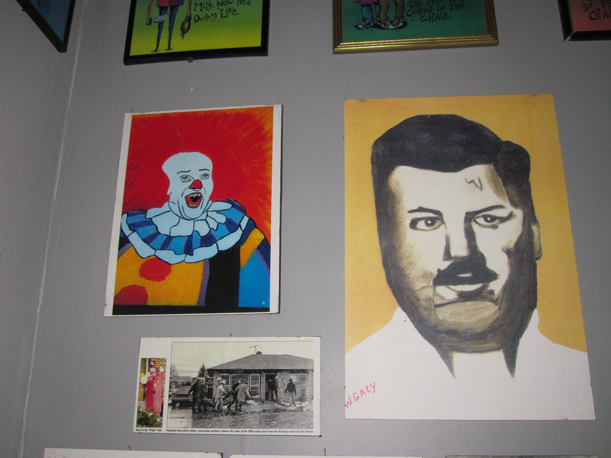 The controversy of killer john wayne gacy s artwork for Adolf biecker salon wayne