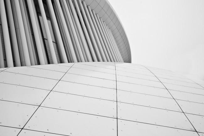 Philarmonie Columns II, White Minimal | © Danny Fowler/Flikr