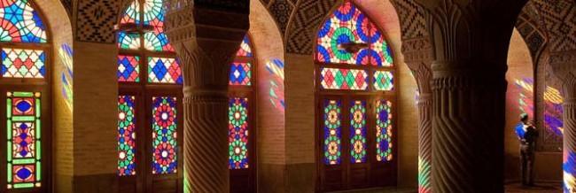 A Poetic Pilgrimage To Iran's Hafez and Saadi Tombs