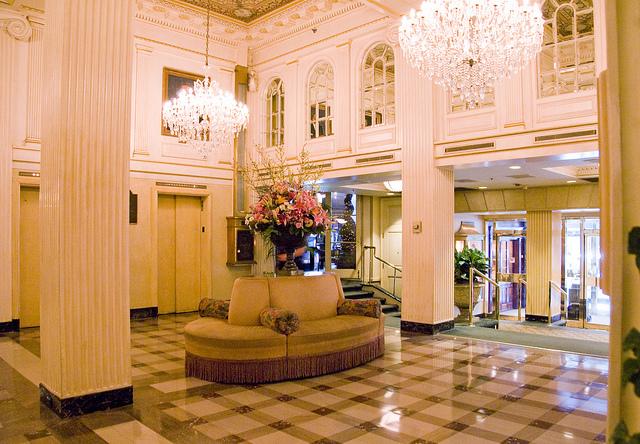 Hotel Monteleone lobby | © Britt Reints/Flickr