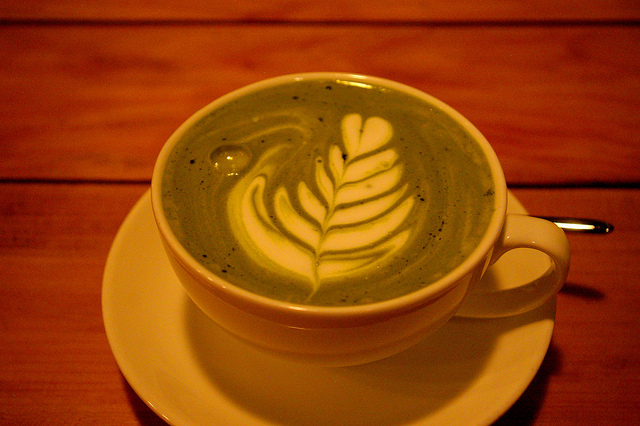 Green tea latte|© Julio Martinez Flickr