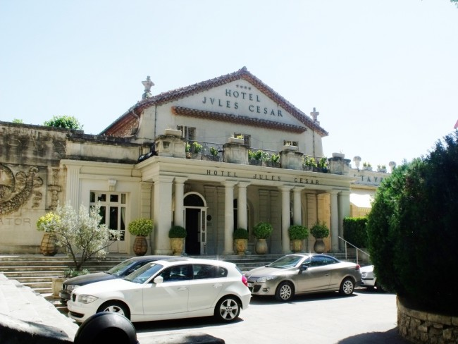 Hotel Jules Cesar - Arles © Elliott Brown/Flickr