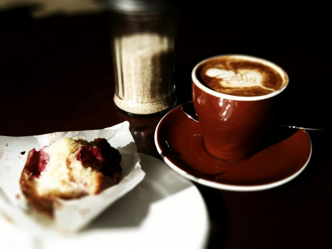 Coffee and cake at Don Campos © James Dennes/Flickr