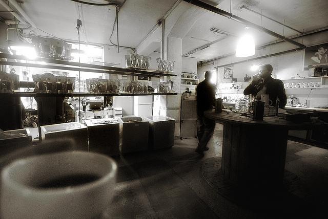 Having A Cup Of Coffee At Bergen Kaffebreneriet | © Arne Halvorsen/Flikcr