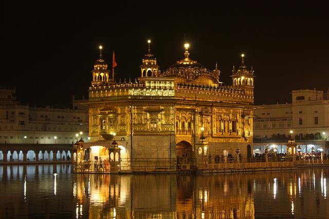 Amritsar, Golden Temple | © Arian Zwegers/Flickr