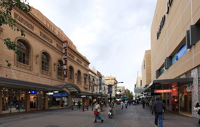 Rundle Mall, Adelaide, looking west from near the Adelaide Arcade © Adam.J.W.C./WikiCommons