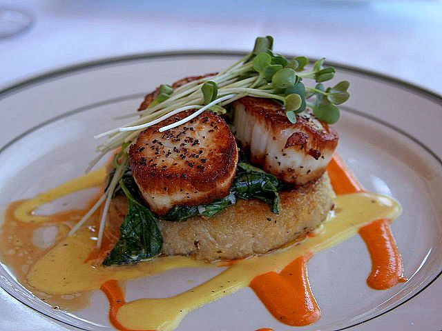Seared scallops © Jon Sullivan/WikiCommons