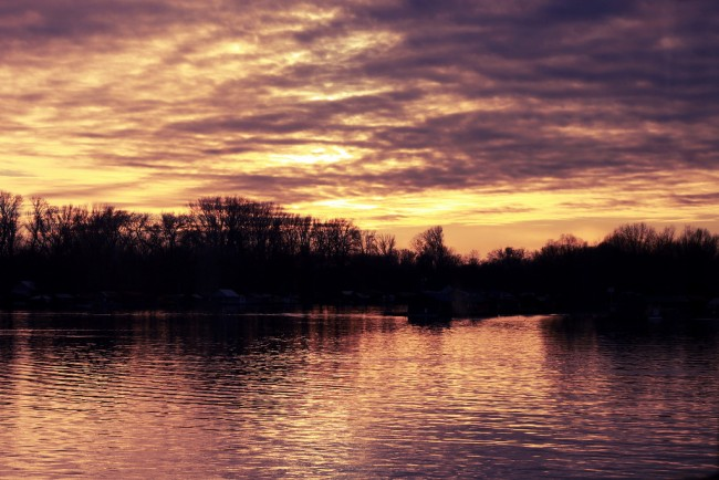 Sunset over Sava River | © Serzhile/Flikr