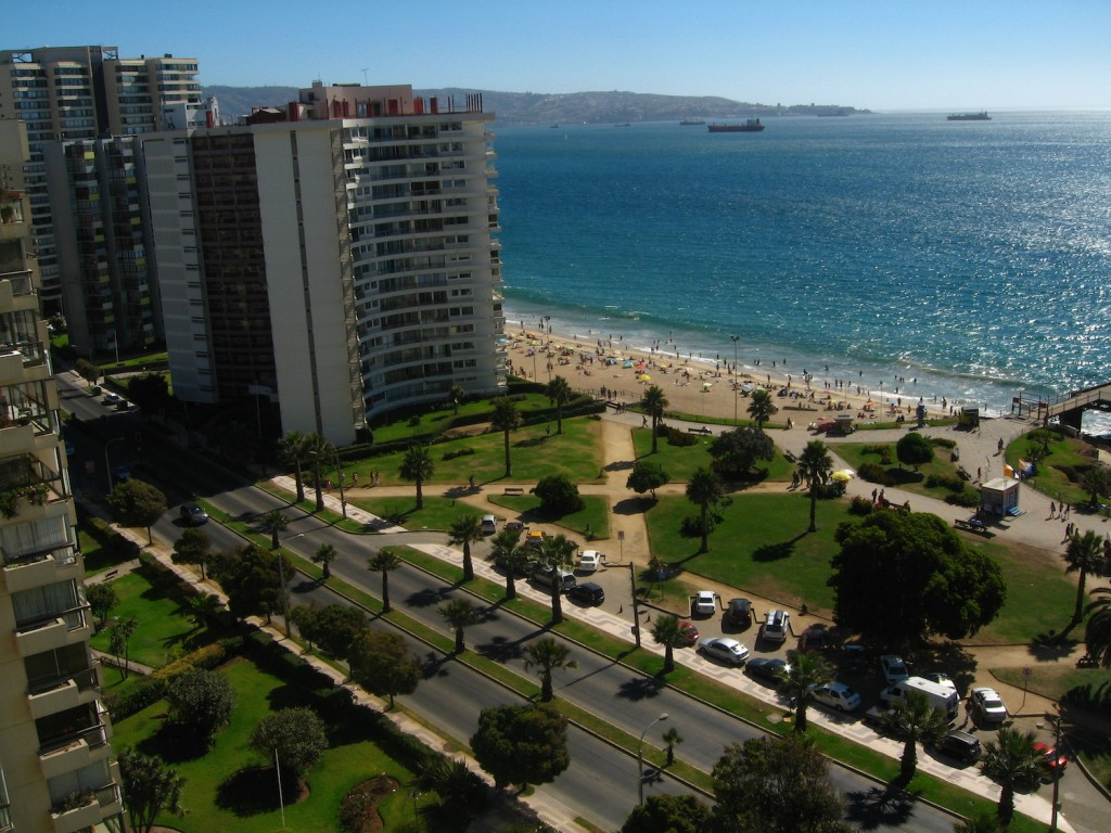 Viña del Mar is often referred to as 'La Ciudad Jardin' © Hector Garcia / Flickr