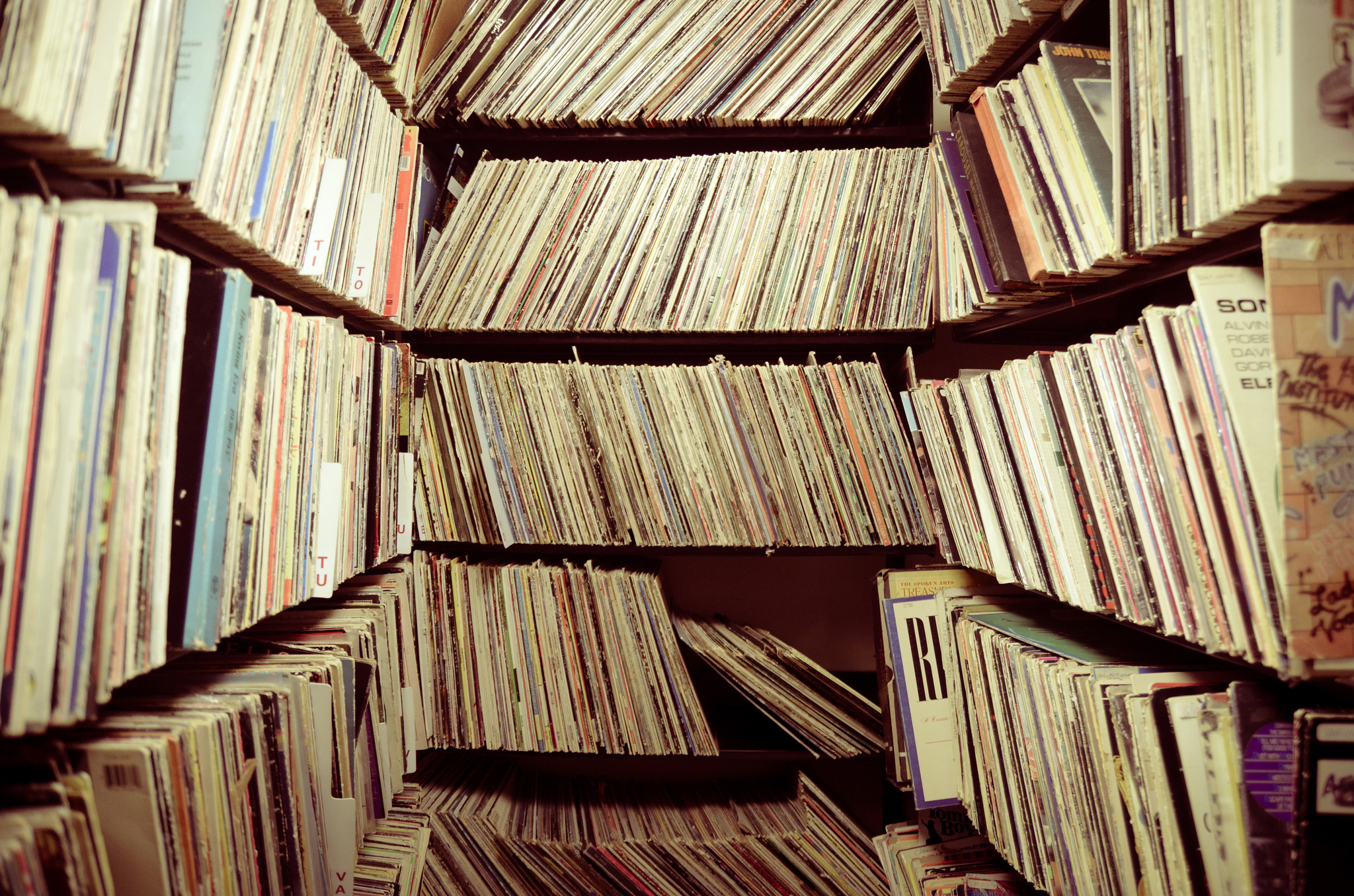 Records | © Will Folsom /Flickr