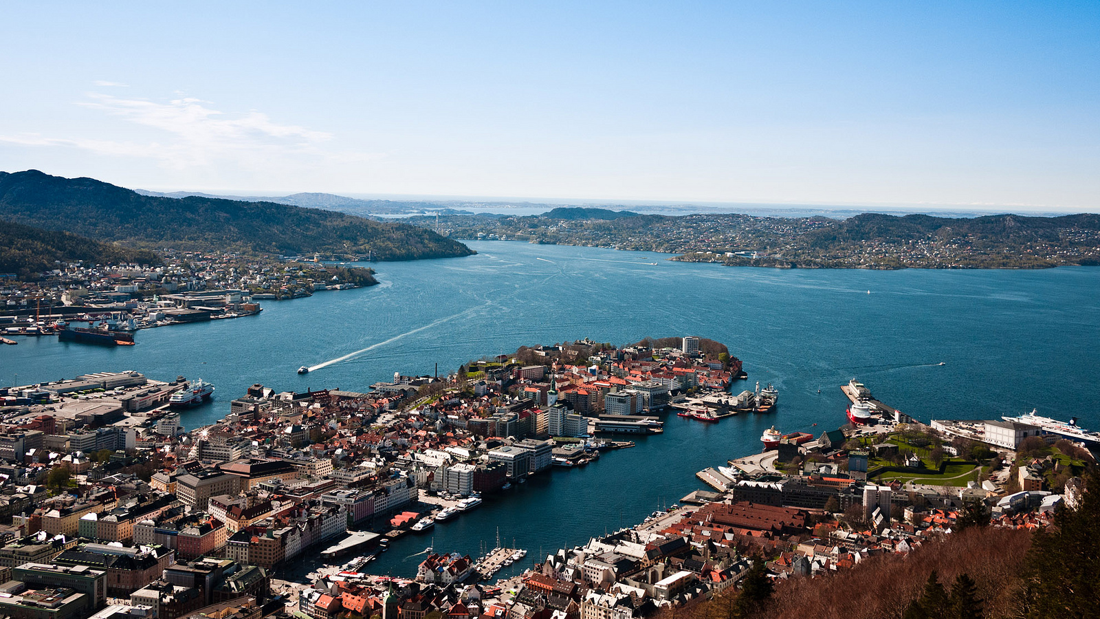 Bergen Harbour© anpalacios/Flickr