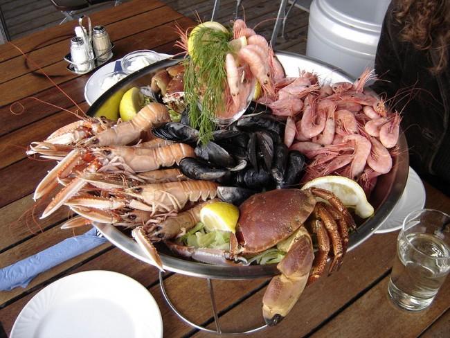 Seafood Platter| ©Elapeid/Wikicommons