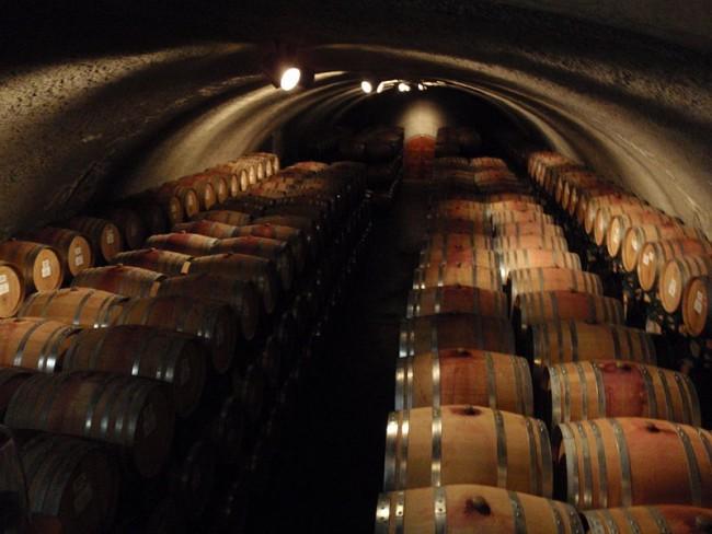 Wine kegs| ©Guttorm Flatabø/Wikicommons