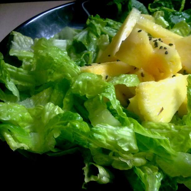 Pineapple salad| ©Lablascovegmenu/Flickr