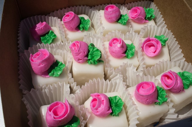 Shashy's petit fours |© Ralph Daily/Flickr