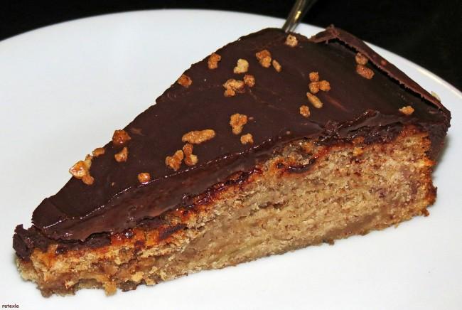 Vegan banana & chocolate cake at veg café Rootz |© Josefine Stenudd / Flickr