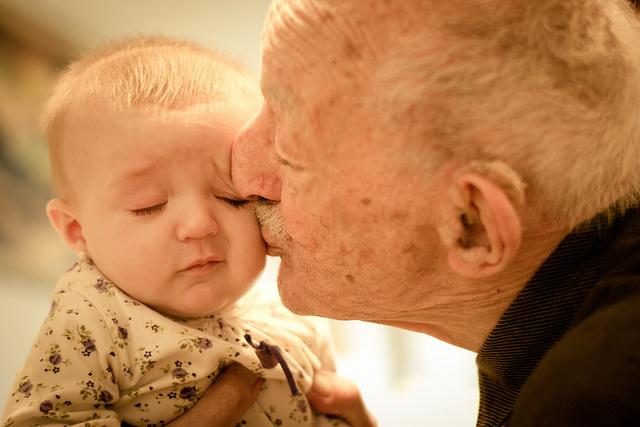 Grandparent's Love  © Gustavo Devito/Flickr