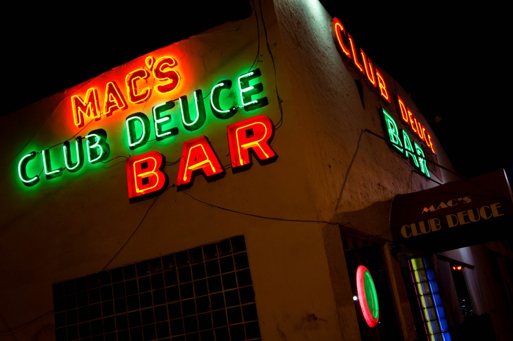 Mac's Club Deuce Bar ©Peyri Herrera