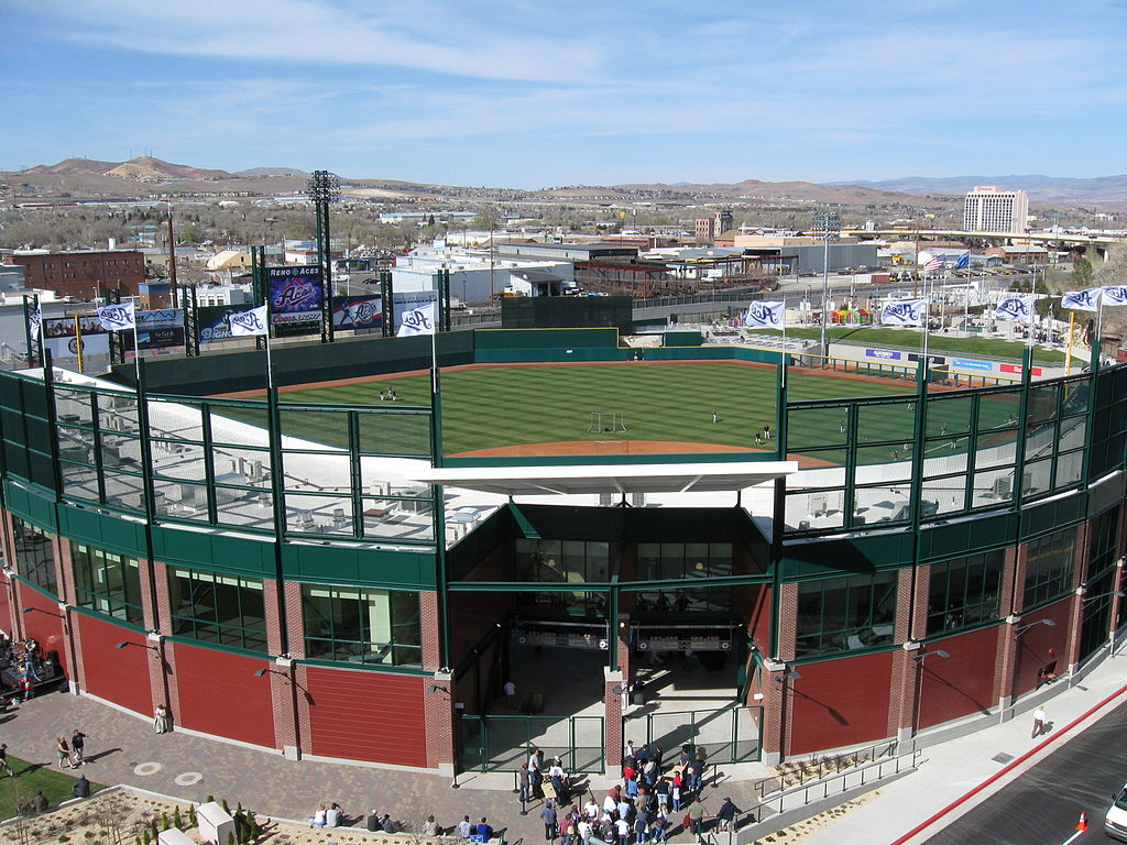 Aces Ballpark as seen from the 9th floor of the Truckee River office tower / parking garage | ©FoObar/WikiCommons