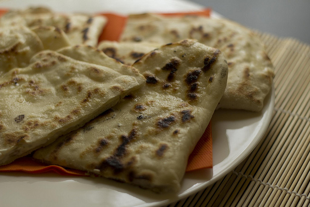 Cheese Naan | ©Luca Nebuloni/Flickr