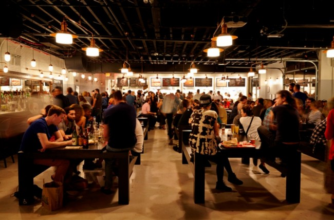Beer and Food Hall Action at Berg'n | © Courtesy of Berg'n
