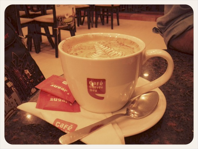 Coffee. At the Mariplex Café Coffee Day. Almost empty for a rainy Friday evening | © Sankarshan Mukhopadhyay/Flickr