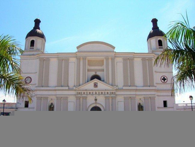 Cathédrale de Cap-Haïtien|©Rémi Kaupp/WikiCommons