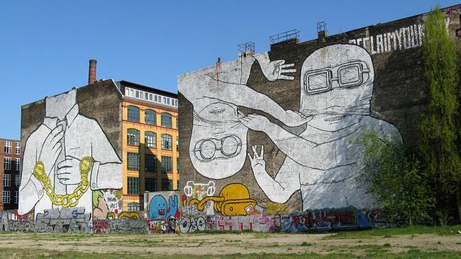 'Cuvry Graffiti' street art by Blu in Berlin-Kreuzberg   © Frank M. Rafik/WikiCommons
