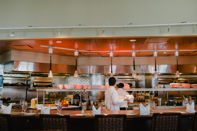 Davio's Steakhouse Bar | Courtesy of Davios Northern Italian Steakhouse Boston
