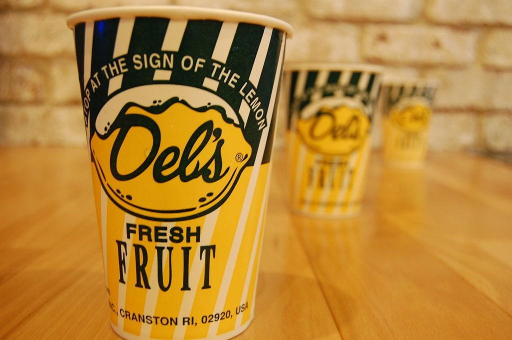 Del's Frozen Lemonade | © Ericci8996/WikiCommons