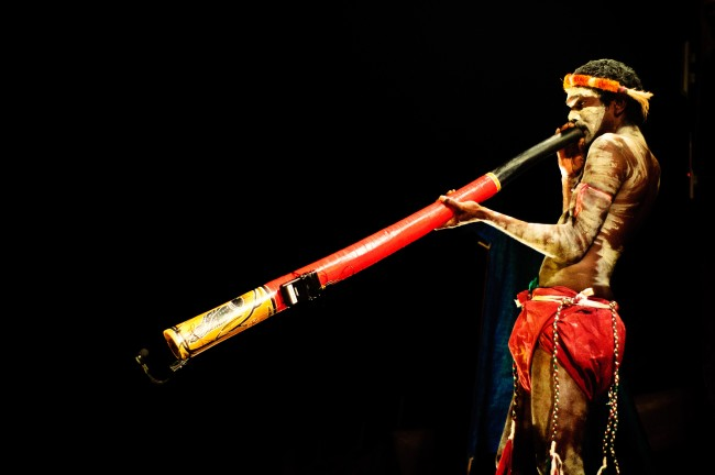 Aboriginal man playing the Didgeridoo© Graham Crumb/WikiCommons