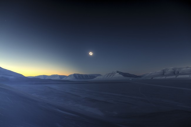 Winner: Eclipse Totality over Sassendalen by Luc Jamet | Courtesy of Royal Observatory Greenwich | © Luc Jamet