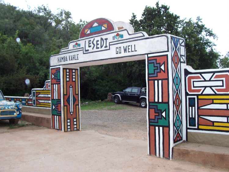 Exit at Lesedi Cultural Village   © Stephantom/Wikicommons