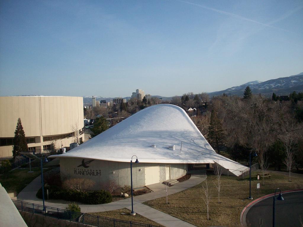 Planetarium at UNR | © Alisha Vargas/Flickr