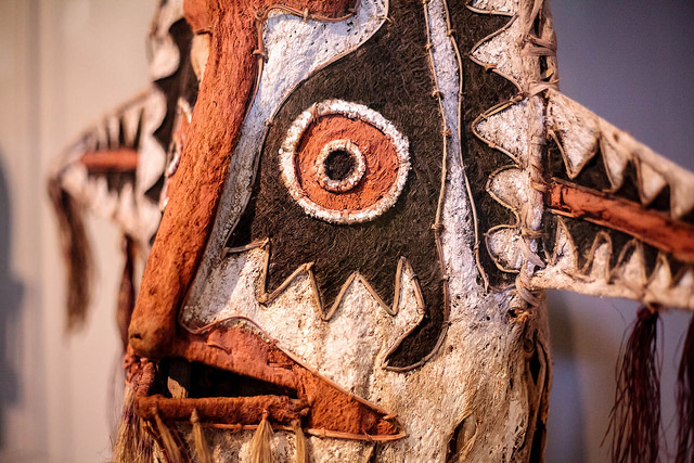 Papa New Guinea Mask| ©some guy called Darren/Flickr