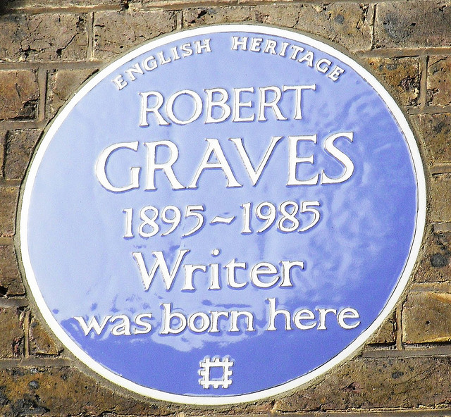 Blue Plaque Commemorating Graves' Home In Wimbledon | © Jessica Mulley/Flickr