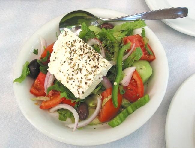 Greek Salad | © zone41/WikiCommons