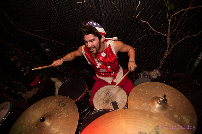 Donnie Pepper on drums | © Amy Darling