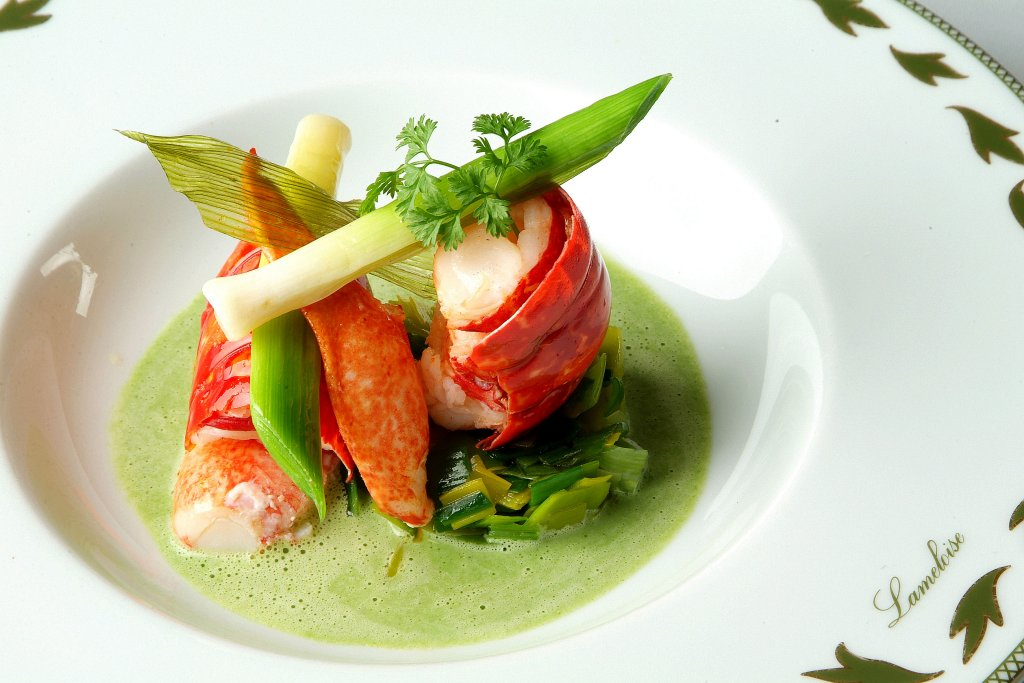 The 10 best restaurants in antibes france for Article on french cuisine