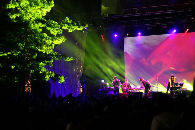 Performance at Jardin Raymond VI   © Pierre Phaneuf/Flickr