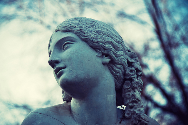 Statue in Jardin des Plantes | ©Christophe Robert/Flickr