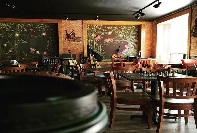 Jives Coffee Lounge | ©Frank Swift/Flickr