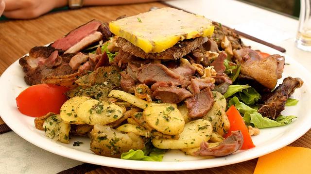 Perigourdine Salad | ©Ian Sommerville/Flickr