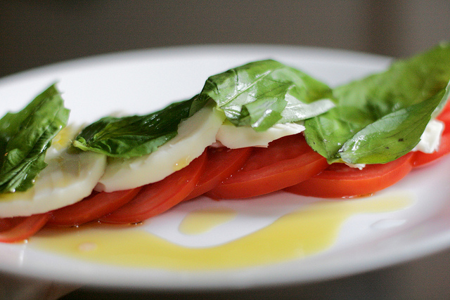 Caprese Salad | ©Alexis Lamster/Flickr
