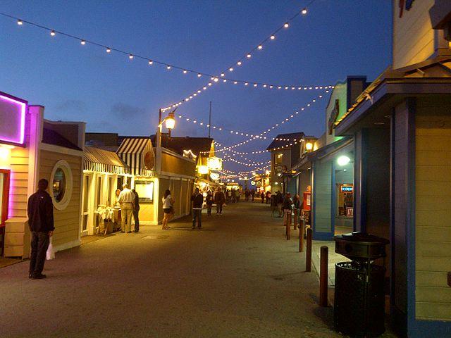 Monterey Pier   © PictorialEvidence/WikiCommons