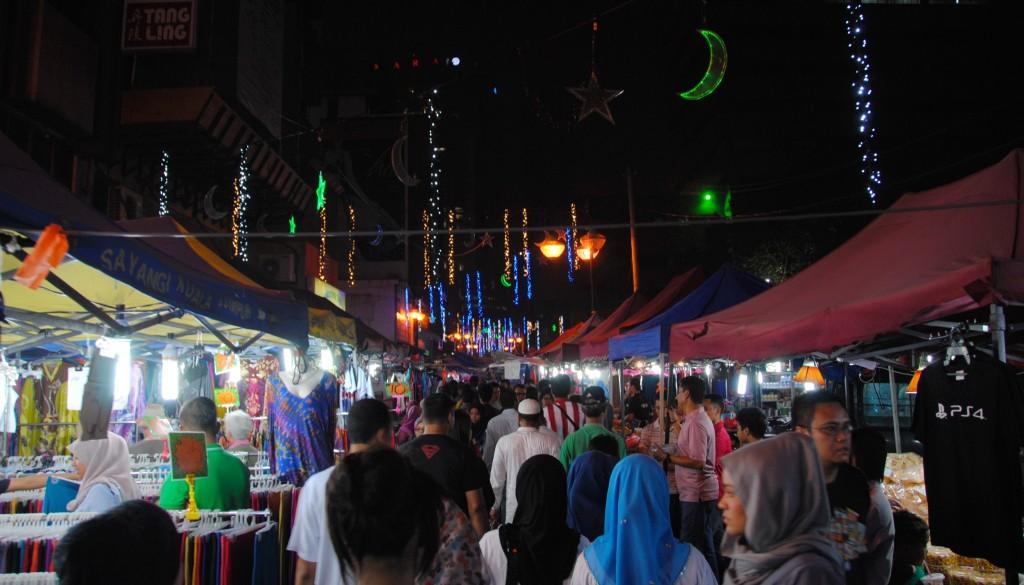 Night Market|©LWYang/Flickr