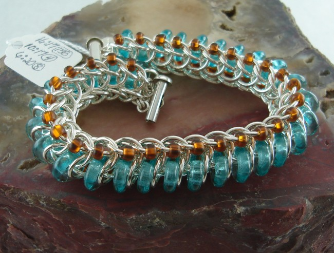 Glass Centipede Bracelet | ©The ChainMaille Lady Anderson/Flickr