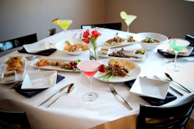 Food and cocktails at Q Restaurant | © Courtesy Q Restaurant
